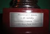 Nápis na darovanej trofeji