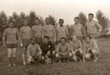 Bývalí hráči TJ Tatran Bobot pri zápase na Svinnej v roku 1972, výsledok 2:2